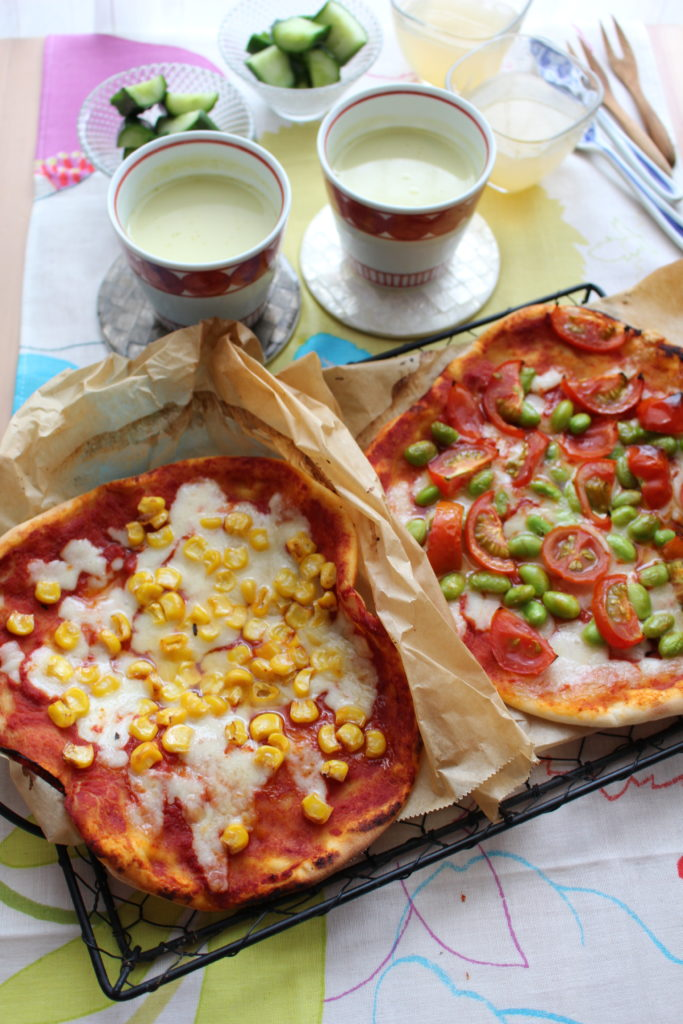 8月のこどもキッチン(リアル)はピザをつくります!