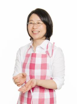 石井由紀子(いしいゆきこ) こどもキッチン主宰・子ども台所仕事研究家 ・講師・コミュニケーションコーチ・消費生活アドバイザー